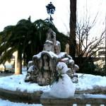 Kegelförmiger Schneemann in Rom :: Foto: DoSchu.Com
