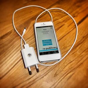 re:publica Grundausstattung :: Smartphone, Ladekabel und Apps