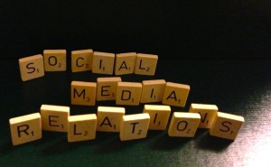 Social Media Relatons (illustration)